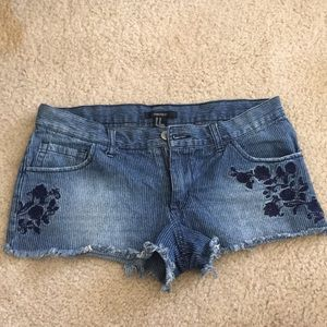 Pin striped jean shorts with flowers